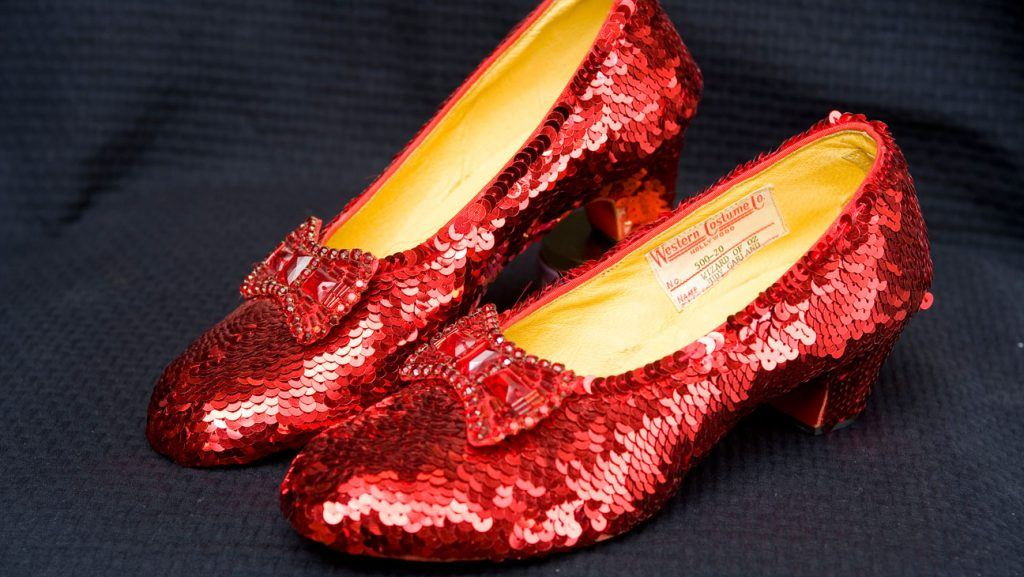 wizard_of_oz_ruby_red_slippers